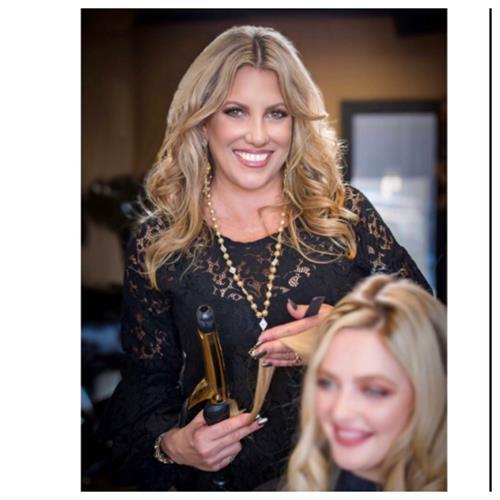 Kari Daniels - Master Hair Stylist