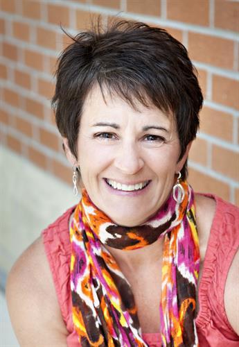 Lisa Stavrakas, Renew LLC